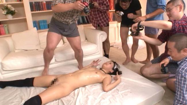 【おっぱい】誘惑力にナマで触れあう…超スペシャルなセックス撮影会でファンからたっぷり可愛がられちゃう美少女のおっぱい画像がエロすぎる!【30枚】 04