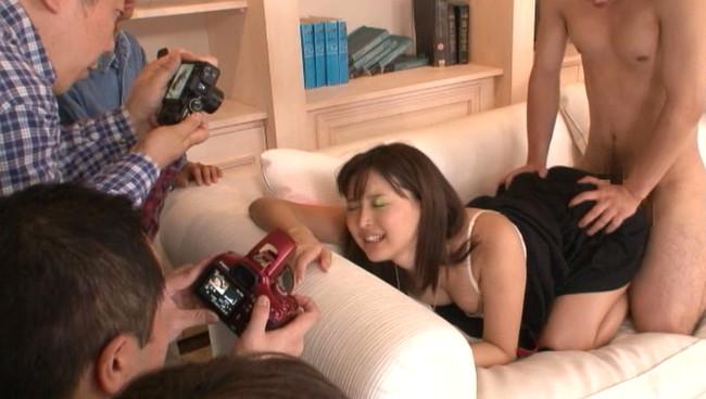 【おっぱい】誘惑力にナマで触れあう…超スペシャルなセックス撮影会でファンからたっぷり可愛がられちゃう美少女のおっぱい画像がエロすぎる!【30枚】 10