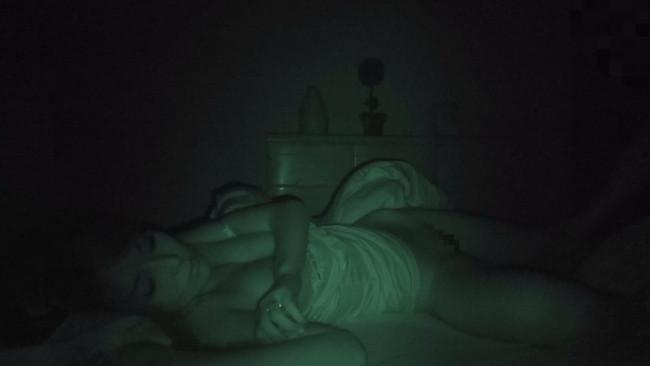 【おっぱい】禁断夜這いで寝ているところで自由を奪われて男たちに凌辱されてしまう女性たちのおっぱい画像がエロすぎる!【30枚】 28