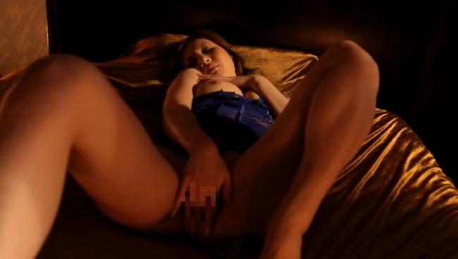 【おっぱい】本能を呼び覚ます濃厚なるセックスで感じてイキ果てる美巨乳なお姉さんのおっぱい画像がエロすぎる!【30枚】 10