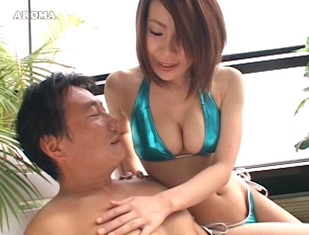【おっぱい】乳首を舐めてつまんで責め続けちゃう!乳首責めが大好きすぎる男性たちを犯す痴女たちのおっぱい画像がエロすぎる!【30枚】 11