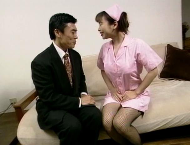 【おっぱい】舐めたいの~大きくしてあげるから入れて!と叫んじゃう巨乳看護師・美人看護師たちのおっぱい画像がエロすぎる!【30枚】 13