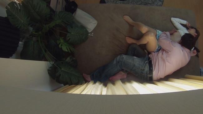 【おっぱい】ナンパ連れ込み部屋で隠しカメラ配置で痴態激撮に死角なし!酔いに任せてチ○ポを貪る人妻さんたちのおっぱい画像がエロすぎる!【30枚】 19