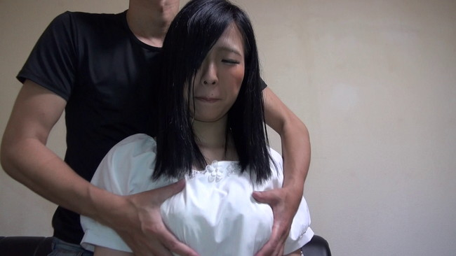 【おっぱい】控えめな感じかな?と思っていたら性欲は控えめではなかった巨乳素人娘ちゃんのおっぱい画像がエロすぎる!【30枚】 19