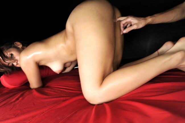 【おっぱい】猥褻パッション晒け出しのセックスにチャレンジしちゃうビッチなギャルたちのおっぱい画像がエロすぎる!【30枚】 22