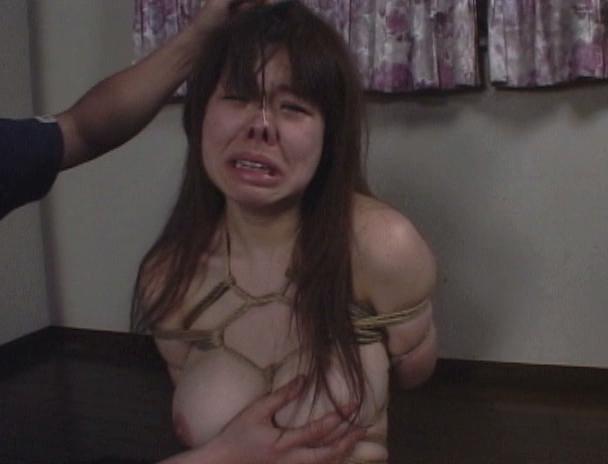【おっぱい】止めどなく施される乳縛と乳虐に泣いて、鳴いて、啼きぢゃくる!素人巨乳娘ちゃんのおっぱい画像がエロすぎる!【30枚】 09