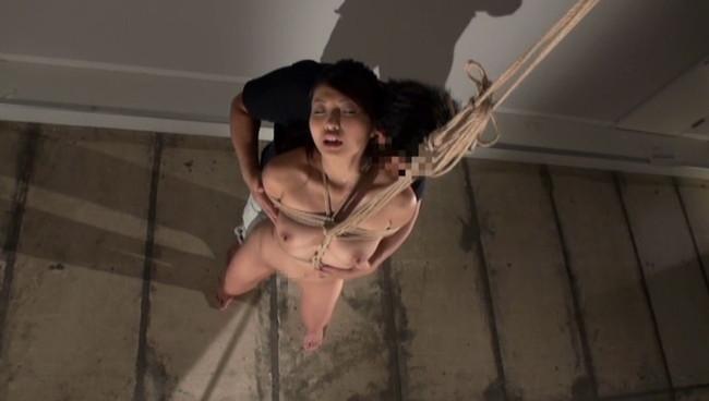 【おっぱい】SMプレイ願望を叶えて欲しくて昼間から男に縛られに来ちゃったMっ気のあるOLさんのおっぱい画像がエロすぎる!【30枚】 22