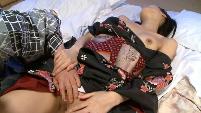 【おっぱい】大好きなお兄ちゃんとの温泉旅行で近親相姦セックスを楽しんじゃっている可愛い妹のおっぱい画像がエロすぎる!【30枚】