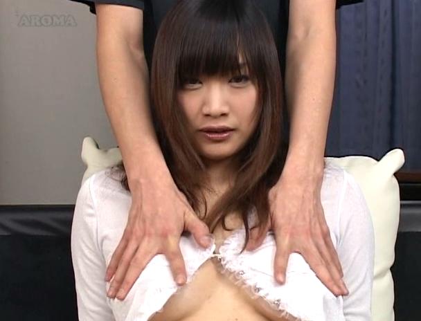 【おっぱい】乳首だらけの敏感つんつんコリコリ祭り!乳首弄りで感じまくっちゃう女性たちのおっぱい画像がエロすぎる!【30枚】 13