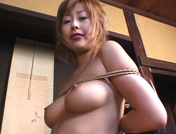 【おっぱい】緊縛プレイは本当にエロい!縛られているだけでオマ〇コを濡らしてしまう女性たちのおっぱい画像がエロすぎる!【30枚】 14
