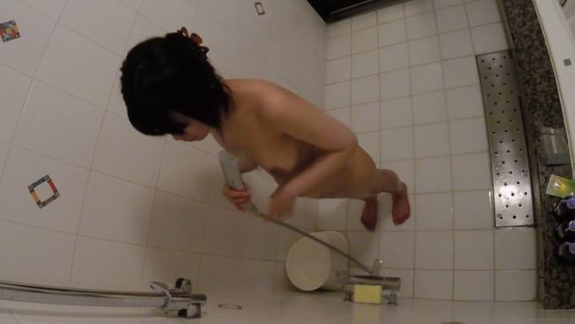 【おっぱい】マニアックな世界で流行っている?!シャワールームを見学するクラブにいる女子校生たちのおっぱい画像がエロすぎる!【30枚】 30
