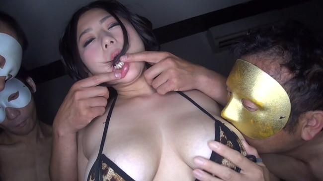 【おっぱい】103㎝Hカップの爆乳とデカ尻、ムチムチのエロBODYでイカセまくっちゃう女の子のおっぱい画像がエロすぎる!【30枚】 07