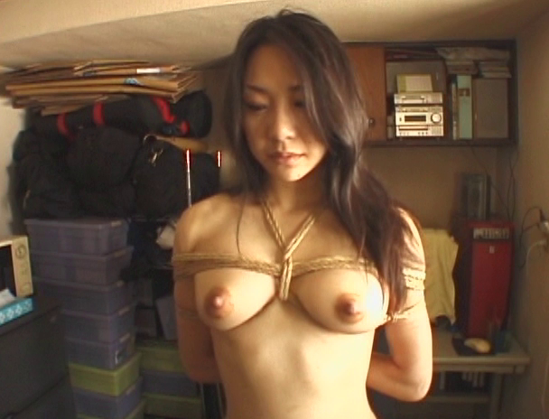 【おっぱい】日本だけではなく海外でも注目されている緊縛プレイで縛り上げられている女性たちのおっぱい画像がエロすぎる!【30枚】 06