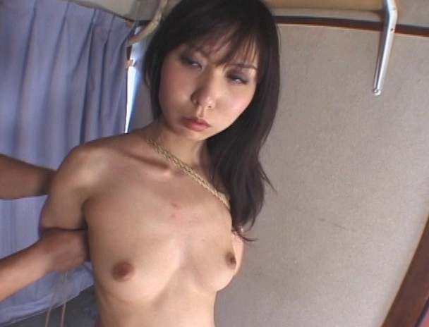 【おっぱい】日本だけではなく海外でも注目されている緊縛プレイで縛り上げられている女性たちのおっぱい画像がエロすぎる!【30枚】 15