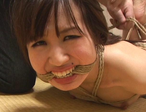 【おっぱい】日本だけではなく海外でも注目されている緊縛プレイで縛り上げられている女性たちのおっぱい画像がエロすぎる!【30枚】 16