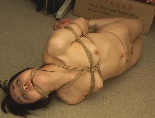 【おっぱい】日本だけではなく海外でも注目されている緊縛プレイで縛り上げられている女性たちのおっぱい画像がエロすぎる!【30枚】 24