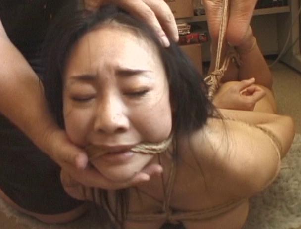 【おっぱい】日本だけではなく海外でも注目されている緊縛プレイで縛り上げられている女性たちのおっぱい画像がエロすぎる!【30枚】 25