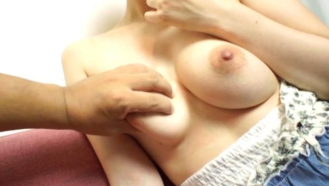 【女のおっぱい】不倫セックスしてる巨乳な人妻のおっぱいが世界で一番エロい件ww 01
