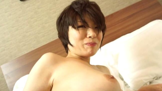 【女のおっぱい】不倫セックスしてる巨乳な人妻のおっぱいが世界で一番エロい件ww 10