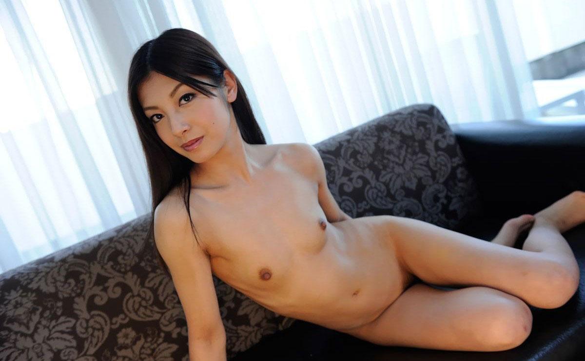 【貧乳 セックス】貧乳の女の子のほうが一生懸命フェラして乳首ギンギンに勃起させぶっかけザーメンが似合うんじゃないか説が立証される貧乳おっぱい画像集w 28