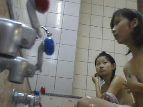 【おっぱい】露天風呂を覗くなら夏がベストなシーズンかもしれないと思い当たるwww【30枚】 01