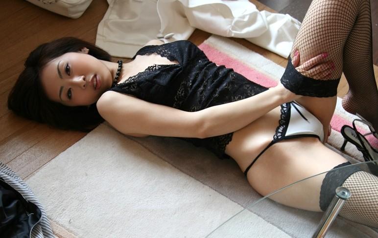 【おっぱい】セクシーさを求めているなら下着ヌードを見るのがおすすめ!【30枚】 09