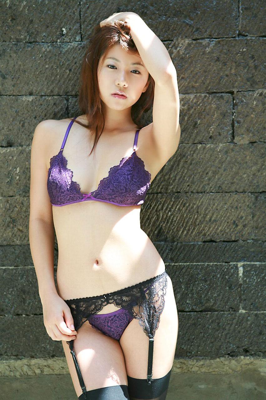 【おっぱい】セクシーさを求めているなら下着ヌードを見るのがおすすめ!【30枚】 26
