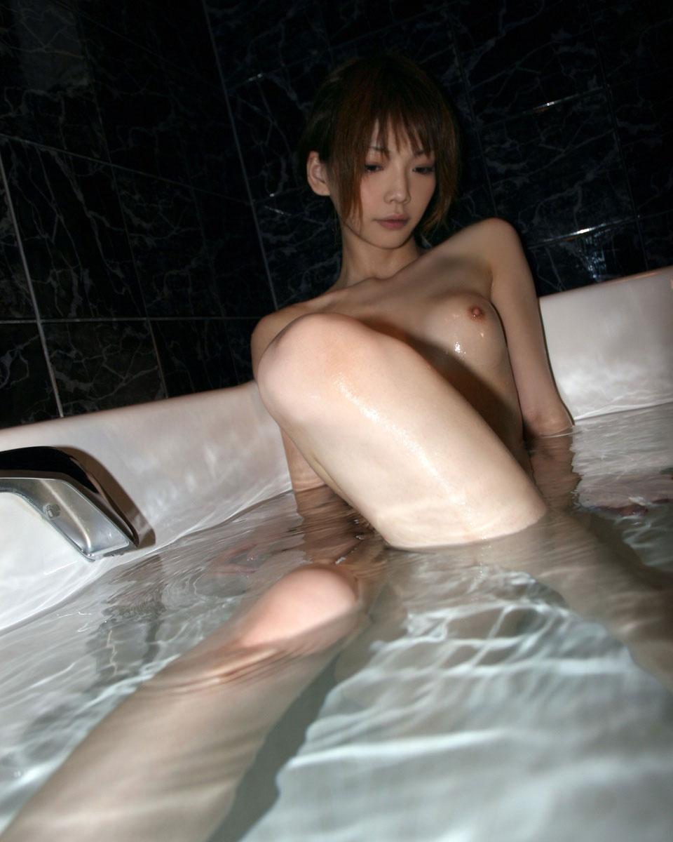 【おっぱい】こんなキレイなお姉さんと一緒にお風呂に入れたらいいのに!【30枚】 28