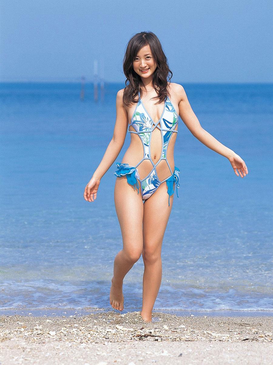 【おっぱい】わざわざプロの水着を見なくてもいい季節だけど、それでもやっぱり格が違うwww【32枚】 14