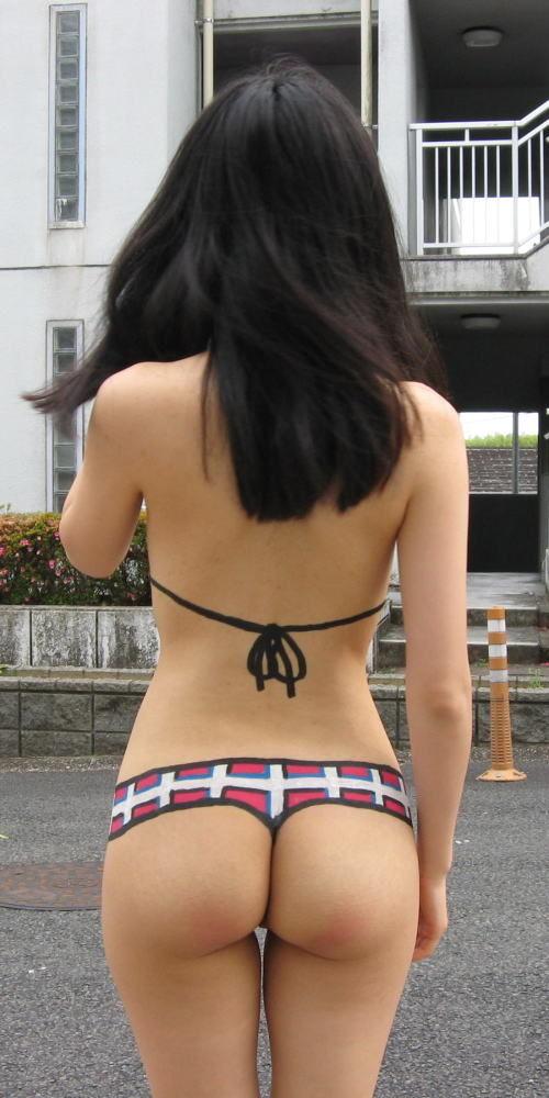 【おっぱい】夏休みの思い出に変態カップルの素人たちが露出するかもしれない!【30枚】 20