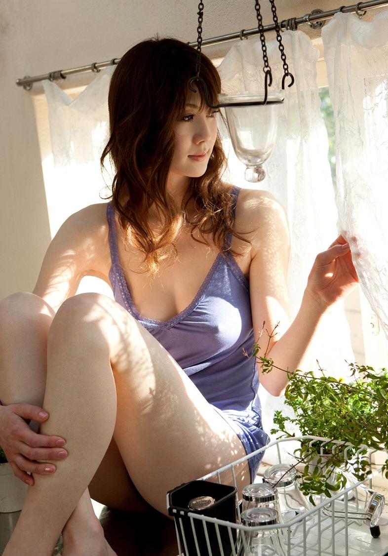 【おっぱい】涼しそうと感じつつエロさも同時に感じられる透け透けエロ画像【30枚】 24