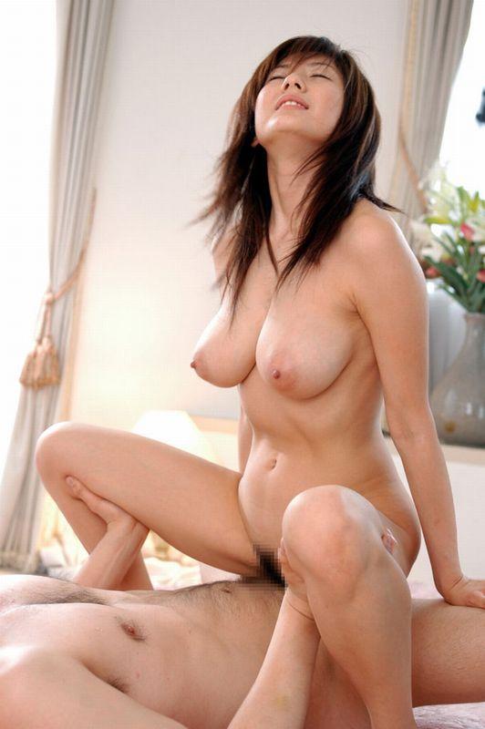 【おっぱい】美乳で癒やされてしまった人のためにガッツリ抜けるセックス画像まとめ!【31枚】 21