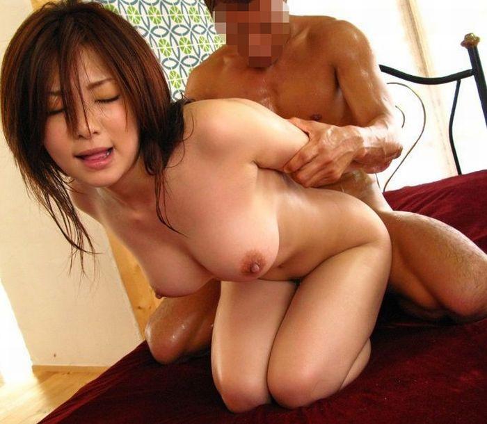 【おっぱい】美乳で癒やされてしまった人のためにガッツリ抜けるセックス画像まとめ!【31枚】 23