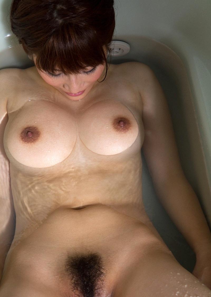 【おっぱい】シャワーでキレイになった美乳を舐め回してベトベトにしたい!【70枚】 57