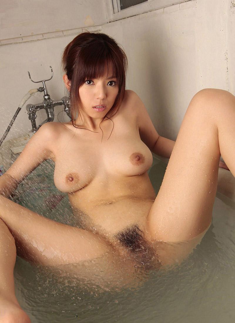 【おっぱい】シャワーでキレイになった美乳を舐め回してベトベトにしたい!【70枚】 62