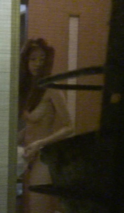 【おっぱい】脱衣所の覗き画像が多いのは、風呂よりも油断しているから?【90枚】 66