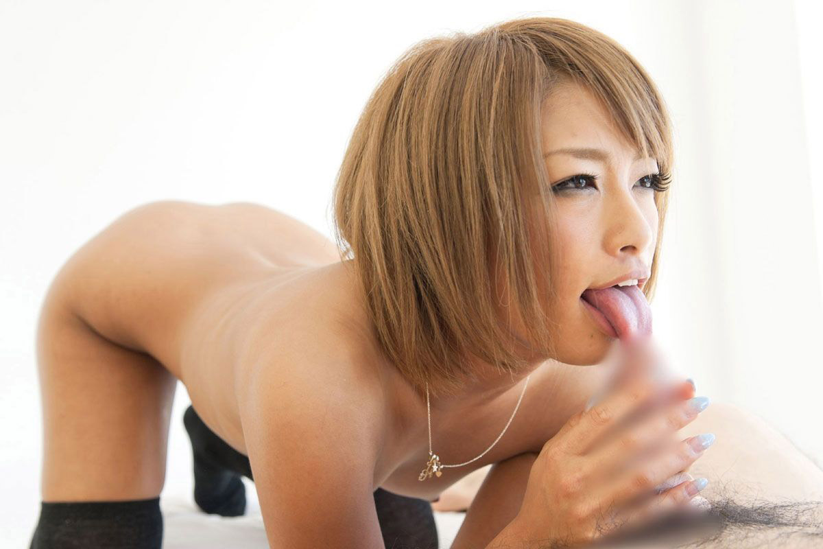 【おっぱい】ねっとり感が伝わってくるやらしい舌使いのフェラ画像まとめ!【70枚】 23