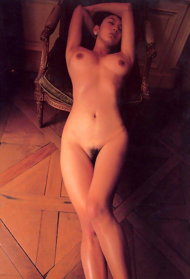 【おっぱい】エロい女性を見たいと思ったときに真っ先に浮かぶタイプの美麗ヌード集!【94枚】 03