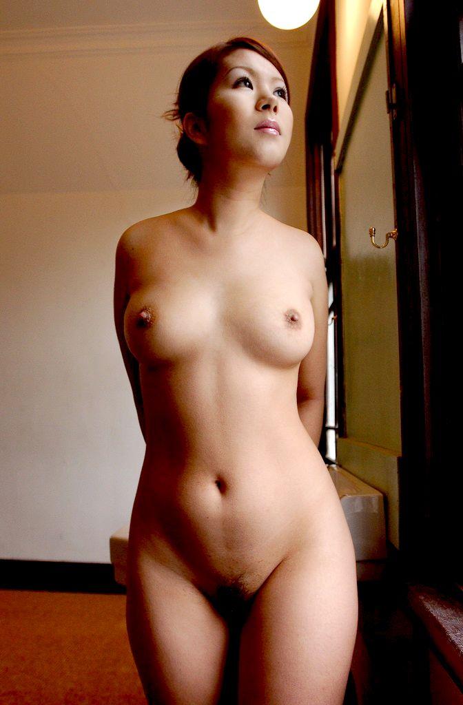 【おっぱい】エロい女性を見たいと思ったときに真っ先に浮かぶタイプの美麗ヌード集!【94枚】 45