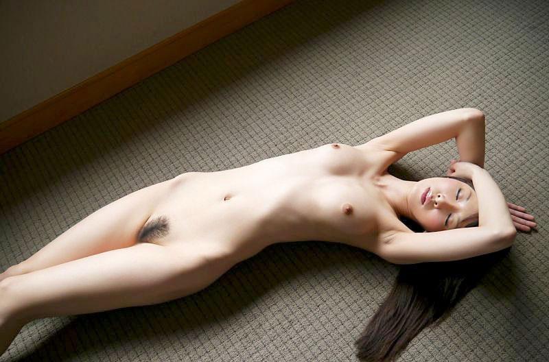 【おっぱい】うほっ!いいオンナ!と鼻息を荒げてしまうほどの美麗ヌード画像まとめ【34枚】 03