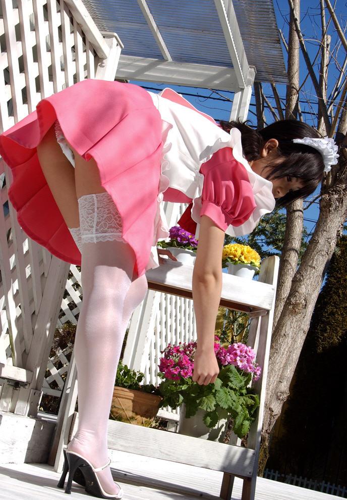 【おっぱい】エロ系のメイドさんがコスプレ衣装を肌蹴させてくるんだがwww【40枚】 12