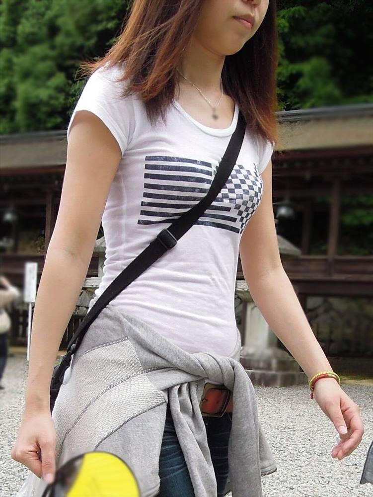 【おっぱい】ただの着衣巨乳には興味ありません!素人さんのパイスラが見たいんです!【35枚】 04