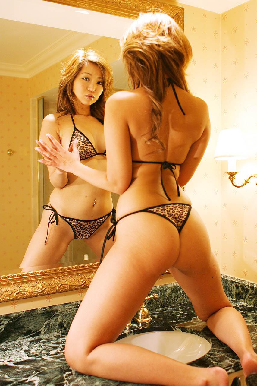 【おっぱい】鏡撮りしたヌード画像ってエロいだけじゃなくてオシャレだよなwww【31枚】 20