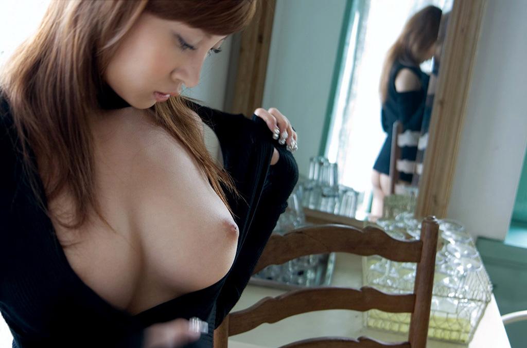 【おっぱい】鏡撮りしたヌード画像ってエロいだけじゃなくてオシャレだよなwww【31枚】 21