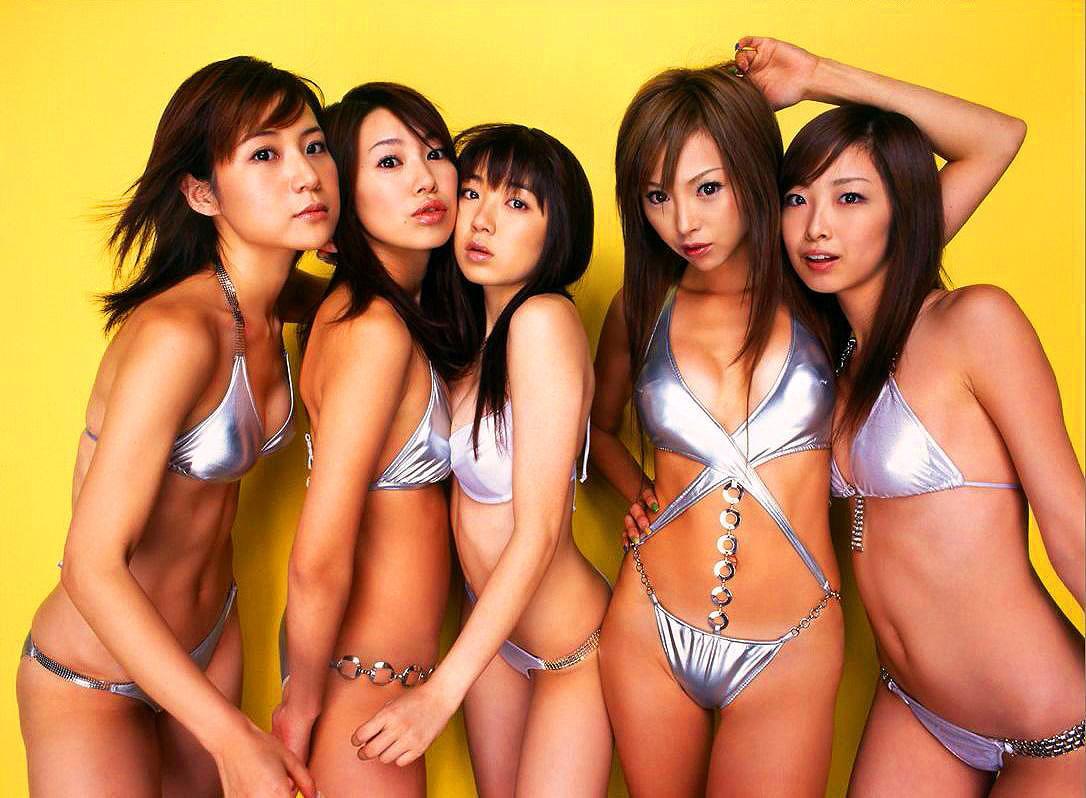 【おっぱい】おっぱいがたくさん楽しめる複数人のヌード画像で好みの女優を探す!w【47枚】 35