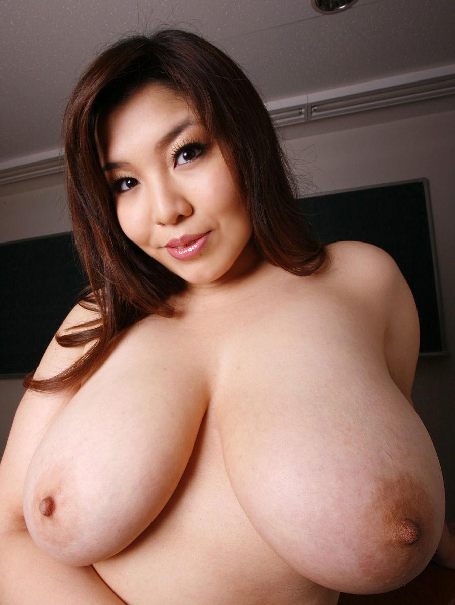 【おっぱい】ポッチャリ系の女の子に感じる母性、その理由は巨乳にある!w【30枚】 24