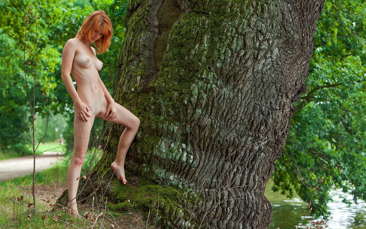 【おっぱい】身構えなくても自然とエロいと感じれるタイプの海外ヌード画像まとめ【32枚】 16