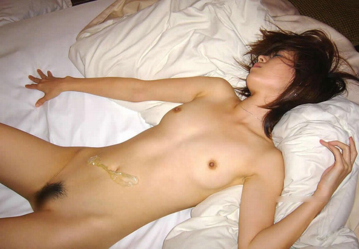 【おっぱい】セックス直後にぐったりしている女の子のおっぱいがエロすぎて二回戦必至www【34枚】 22