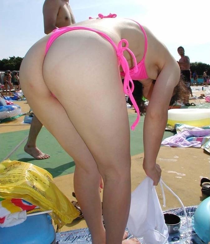 【おっぱい】布面積が少なすぎる水着を着るぐらいなら全裸の方がいいと思うんだwww【41枚】 24
