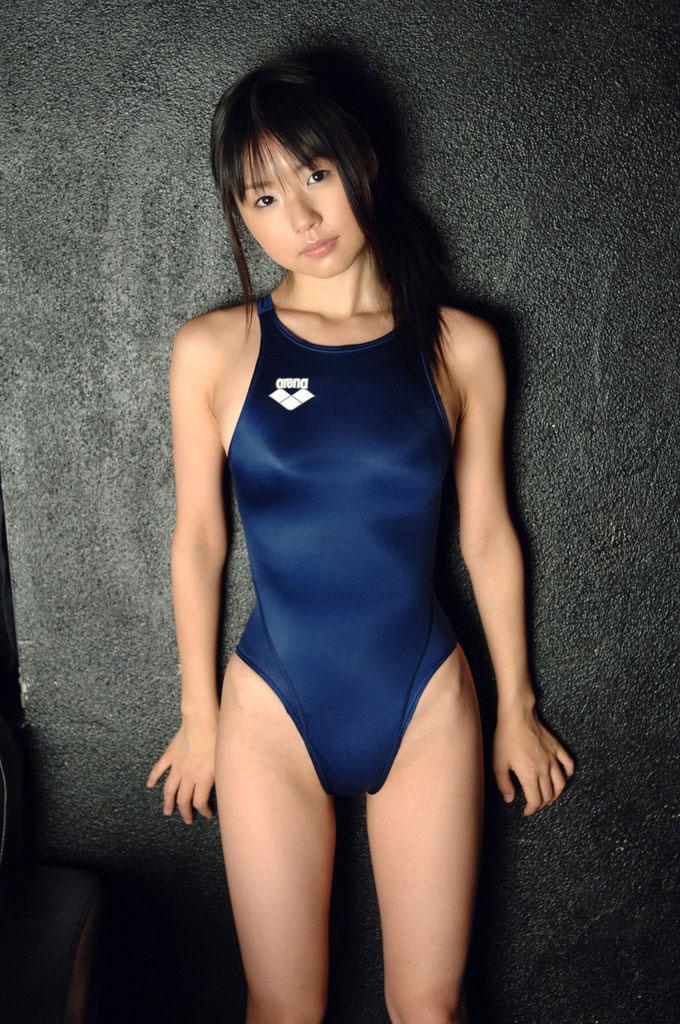 【おっぱい】スク水とか競泳水着ってビキニより露出低いのにエロいよなwww【39枚】 06